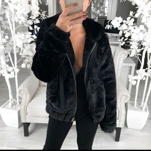 "Reposh EKattire ""Bear"" jacket"
